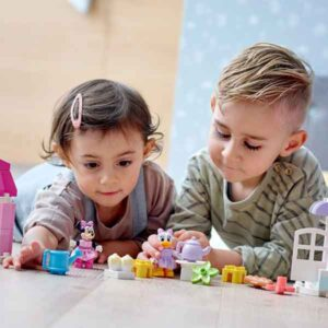 LEGO DUPLO Town 10942 – Къщата и кафето на Мини